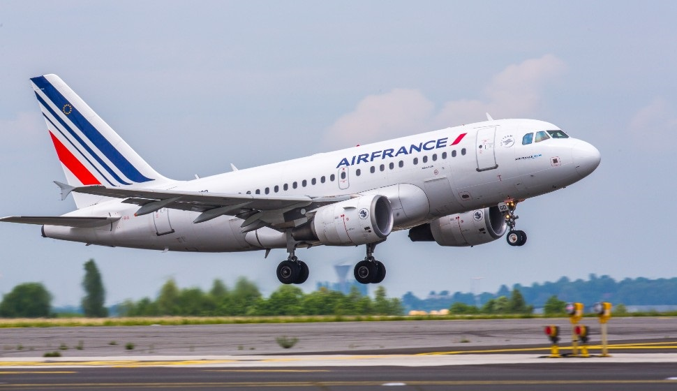 OPINION: Will Air France fleet renewal include stretched A220?